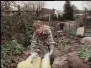 Classic Penelope Keith clip… it ain't easy being green but at least she had a go!